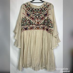 Umgee Cream Floral Embroidered Tunic Dress